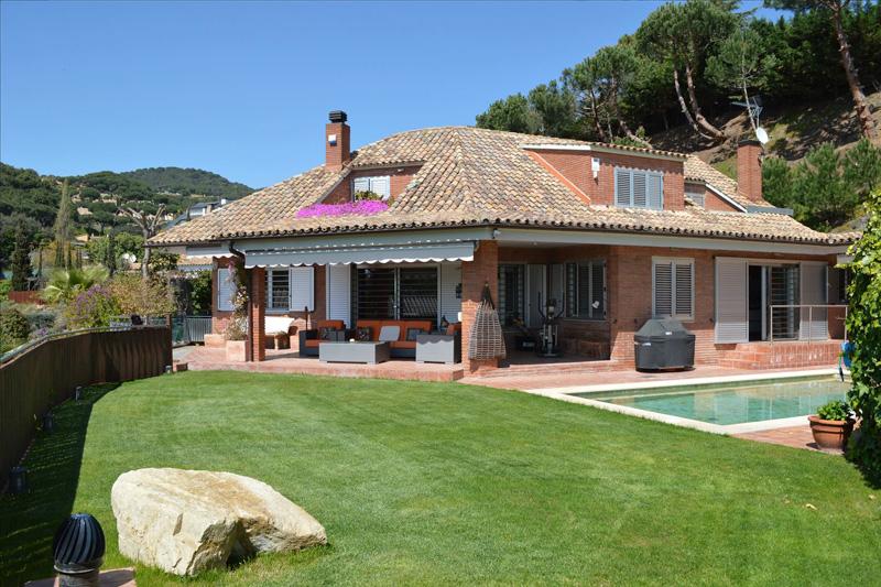 Casas en los alrededores de Barcelona desde 1 millón de €